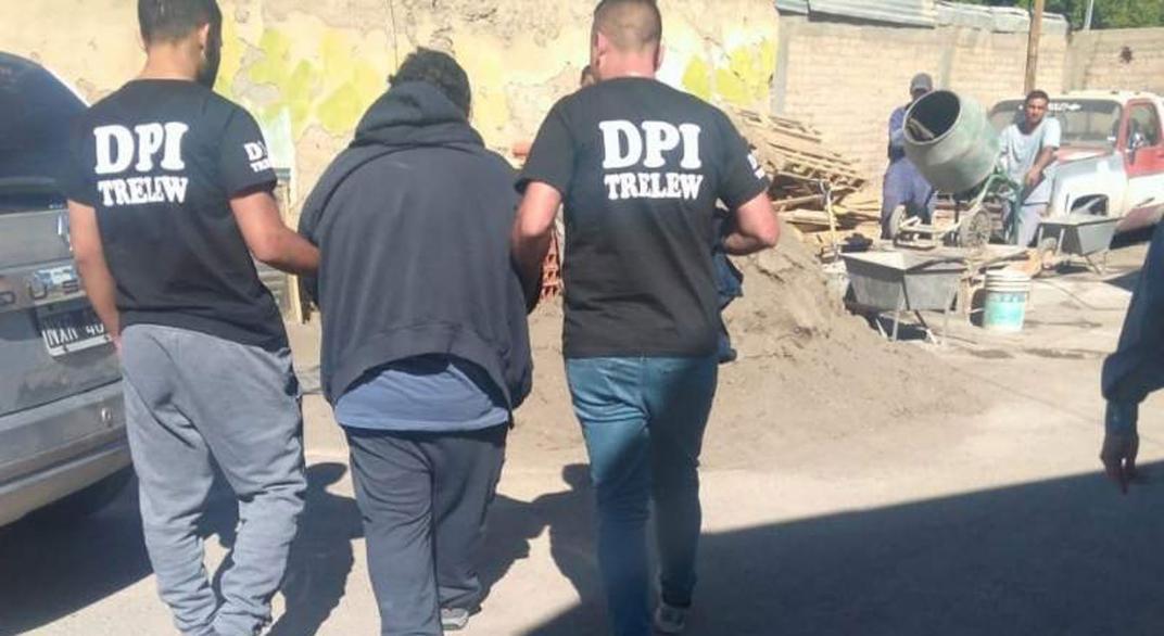 Detuvieron en Neuquén a un cura acusado de violar en al menos cinco oportunidades a un menor con retraso madurativo: Había sido condenado antes en La Pampa