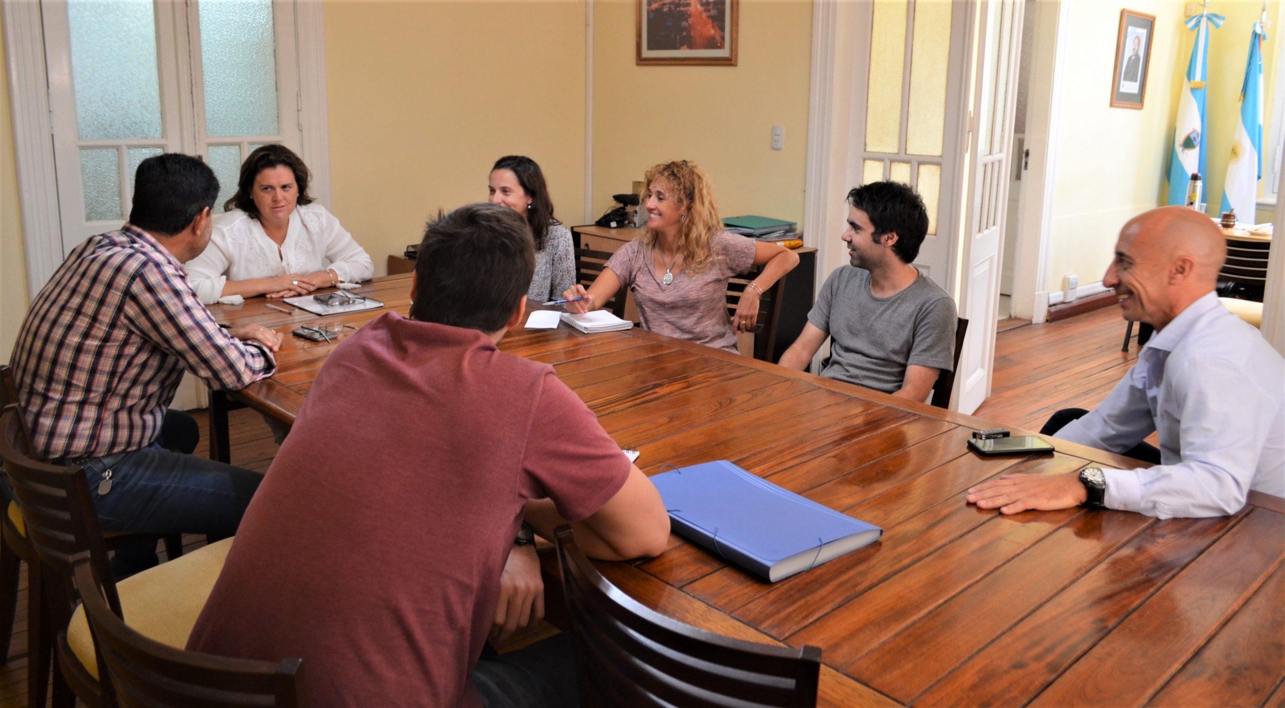 Alonso mantuvo una reunión con dirigentes de Pico FBC