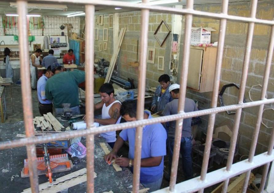 """""""El que no trabaja, no come"""", la propuesta para las cárceles en Tucumán"""