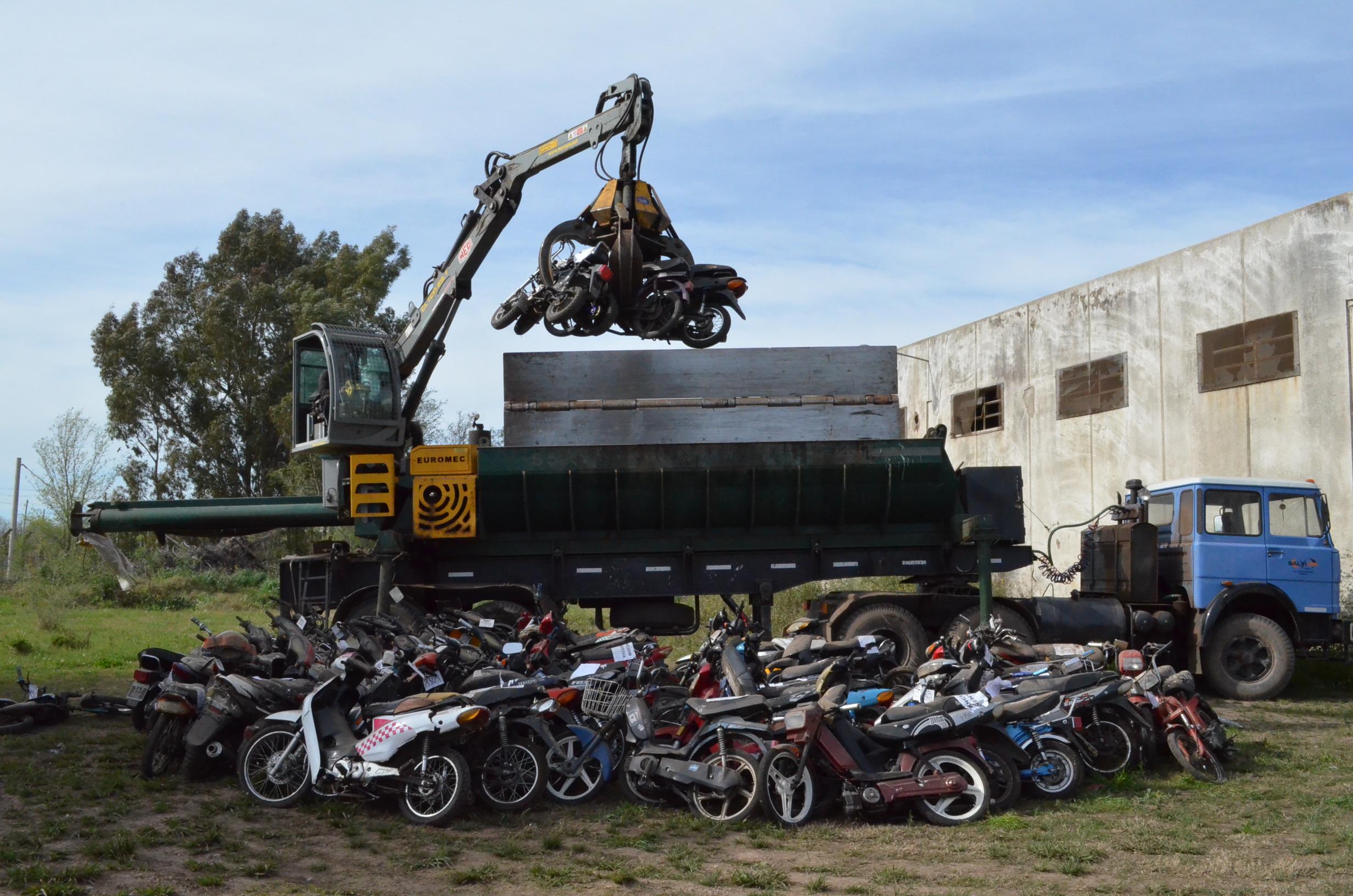 Mirá el listado de las 426 motos y los 67 autos que serán compactados en General Pico