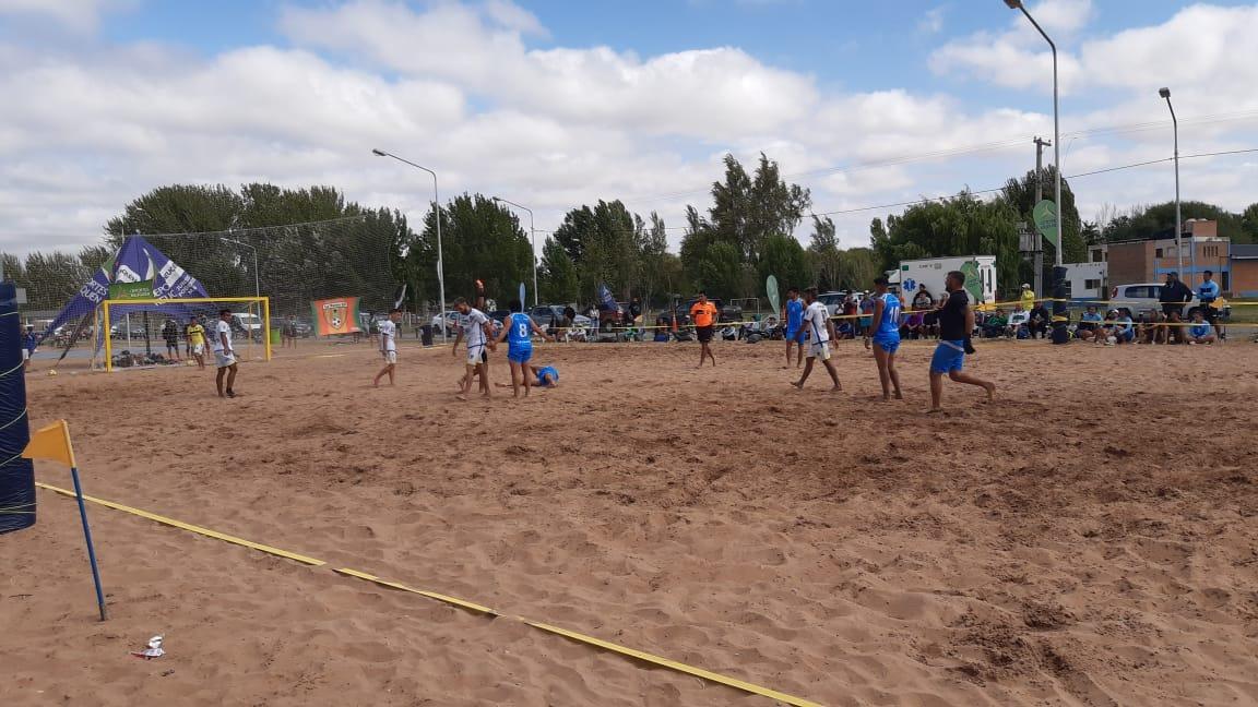 El seleccionado pampeano de Fútbol Playa terminó segundo en la tercera fecha del circuito Patagónico que se disputa en Neuquén