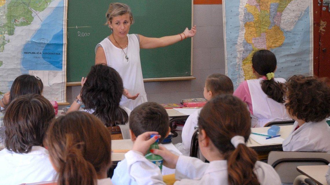 Unos 100 mil alumnos iniciarán este lunes las clases en La Pampa