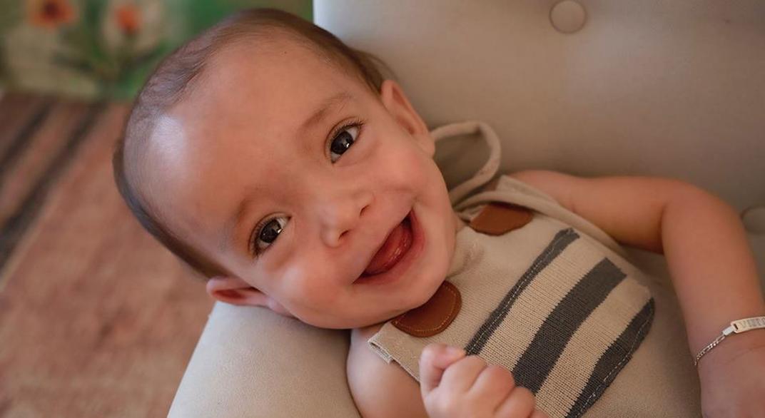 [Córdoba] ¡Una gran noticia para el pequeño Vitto!: Necesitaba una silla postural y una familia se la donó