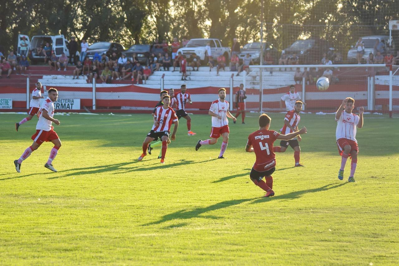 Costa Brava empató con Atlético Macachín por el Regional Federal