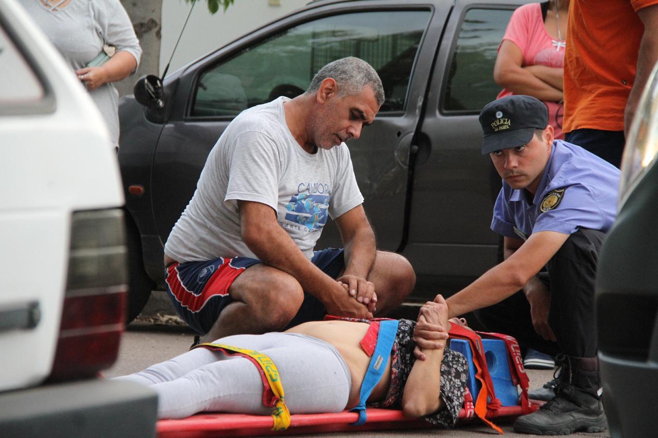 Un policía de civil piquense le practicó RCP a una mujer y le salvó la vida