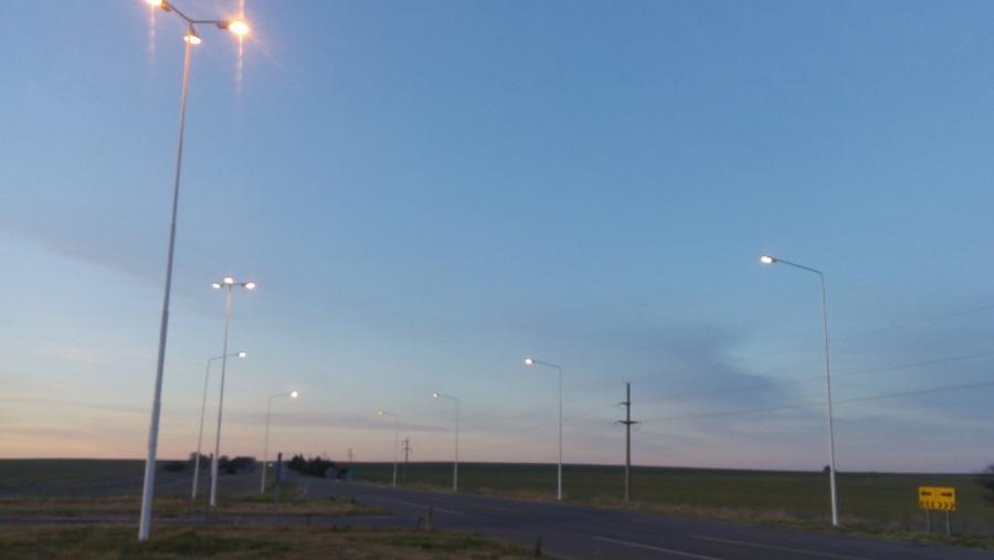 Realizarán obras de iluminación en varias intersecciones y accesos de rutas provinciales