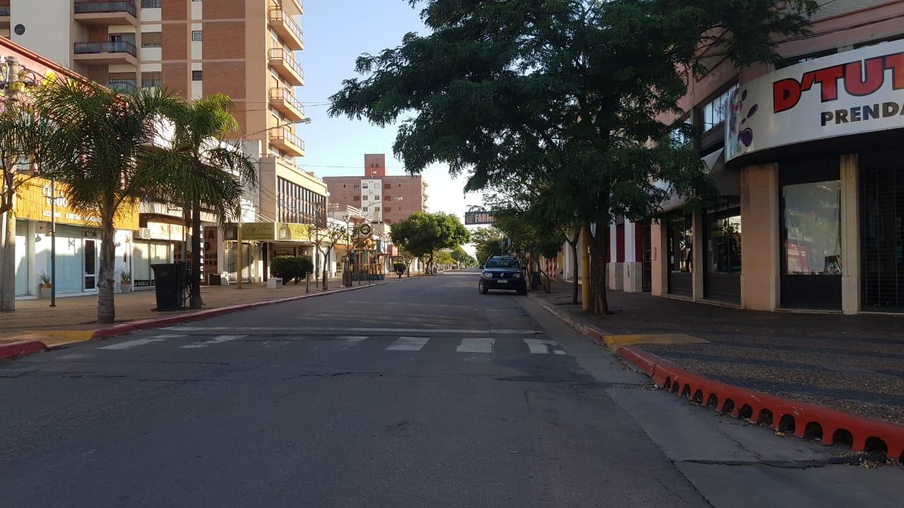Tarde de domingo con calles desiertas en algunas partes de General Pico