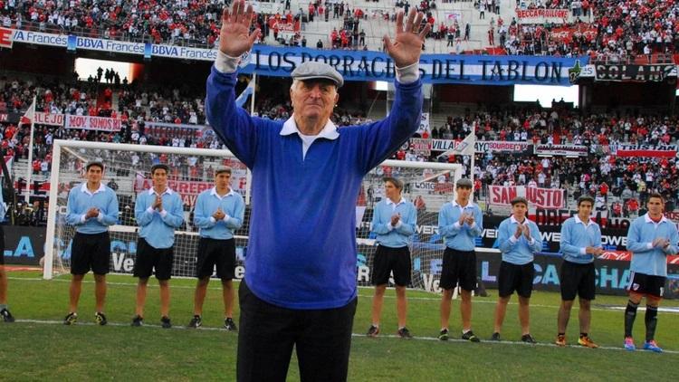 Murió Amadeo Carrizo, el mejor arquero de la historia del fútbol Argentino