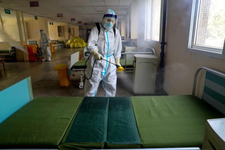 Denuncian que dejaron de hacer test en China para ocultar las verdaderas cifras del coronavirus