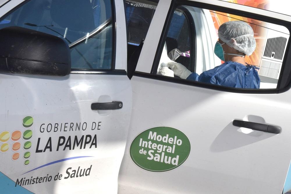 Dos de los tres pampeanos con coronavirus permanecen internados
