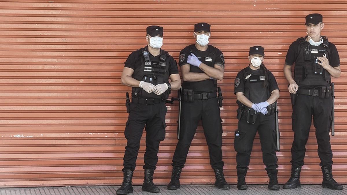 Ya son al menos 1.200 los detenidos por violar la cuarentena total en Argentina