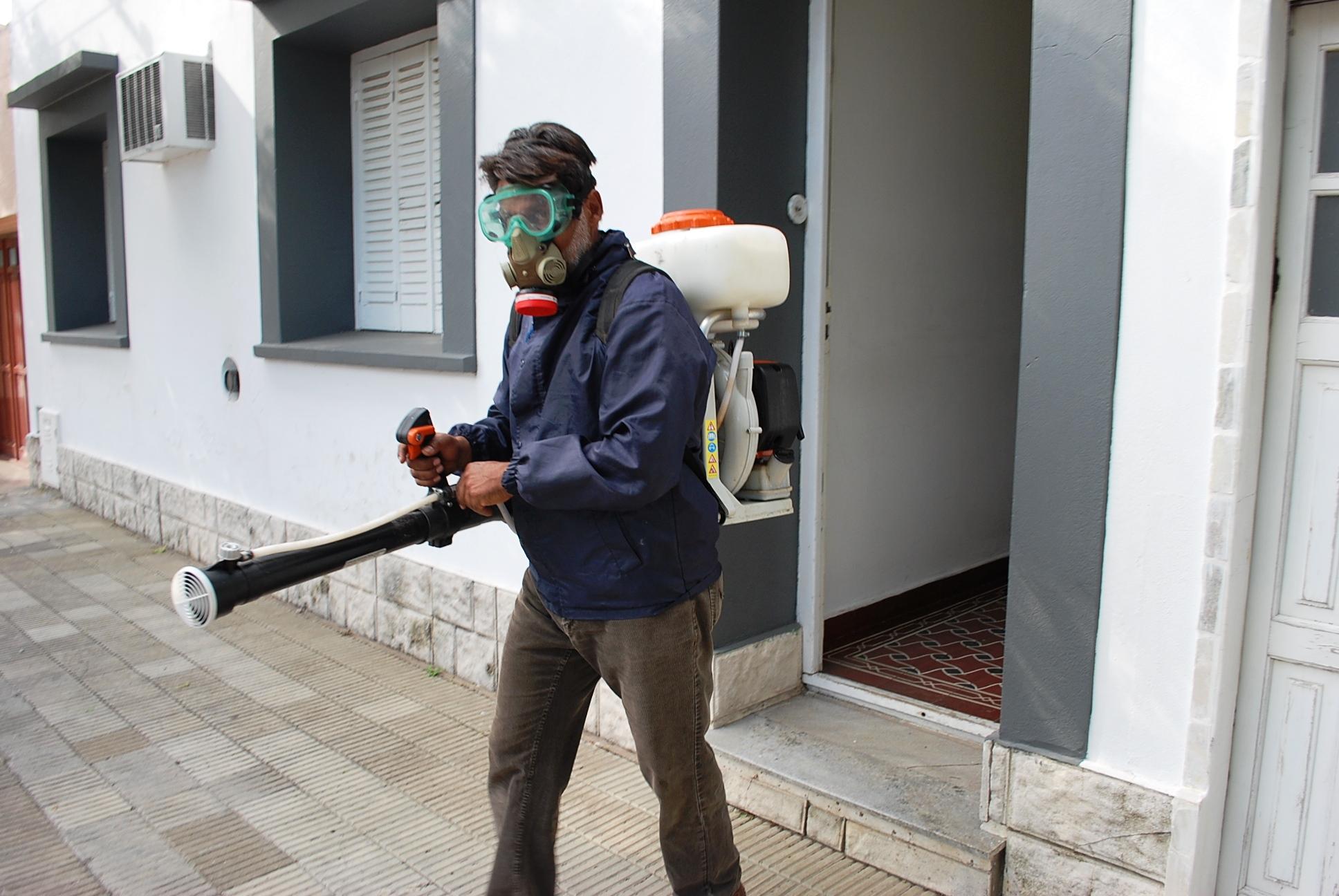 Desde el municipio de General Pico descartan fumigar por los mosquitos en medio de la cuarentena