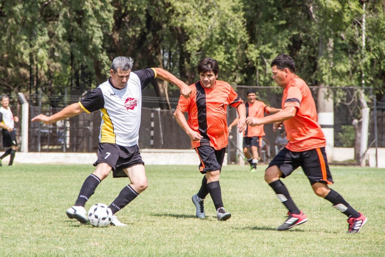 Liga de Veteranos categoria Master: All Boys y Argentino son los dos punteros