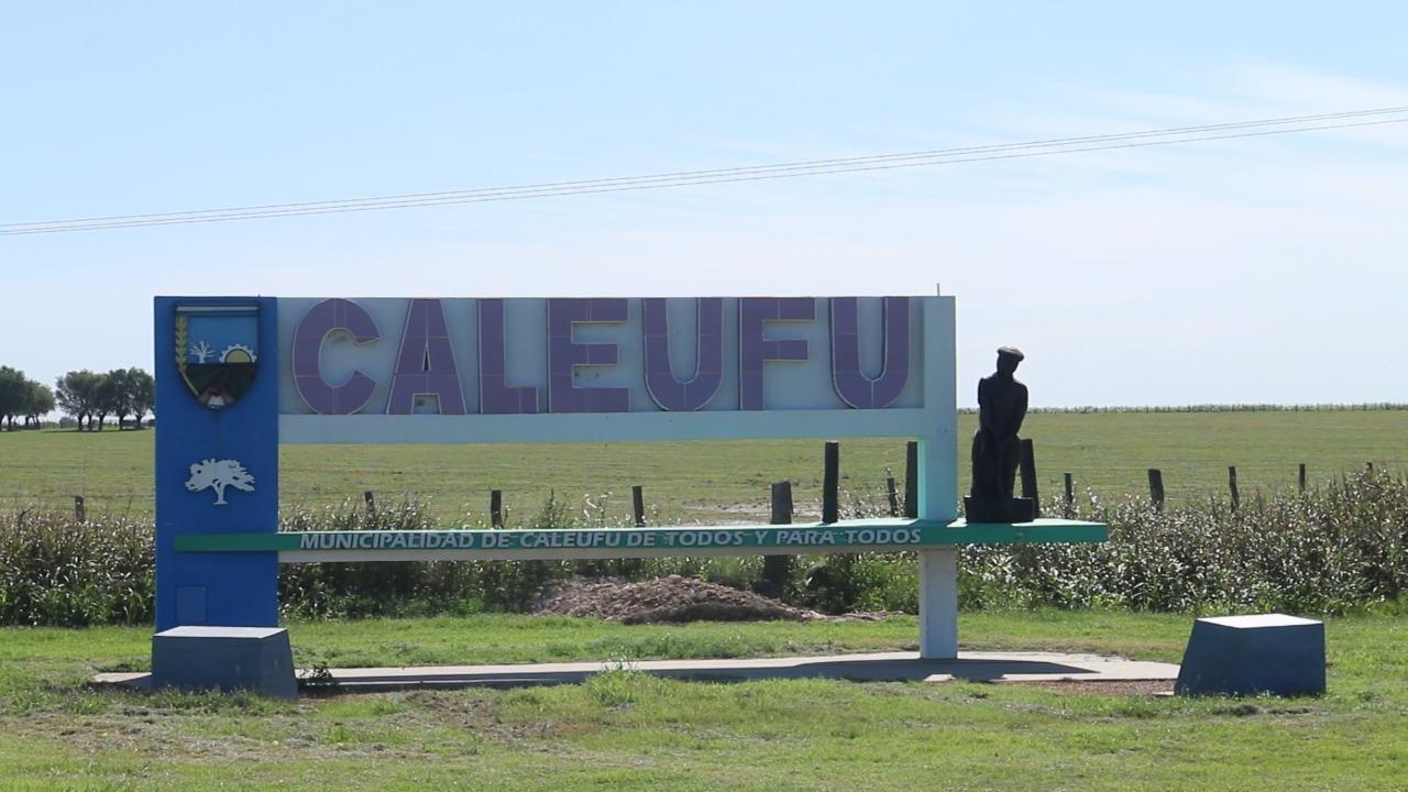 """Concejales de Caleufú donaron $ 120.000 pesos al Hospital, la Comisaría y los Bomberos: """"Queríamos colaborar con ellos que están haciendo un trabajo impecable"""""""