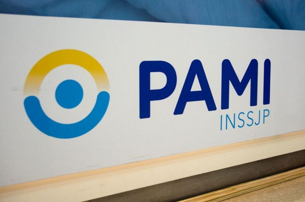 """Convenio de Pami con Ciencia y Tecnología para """"mejorar y potenciar"""" acceso a medicamentos gratuitos"""