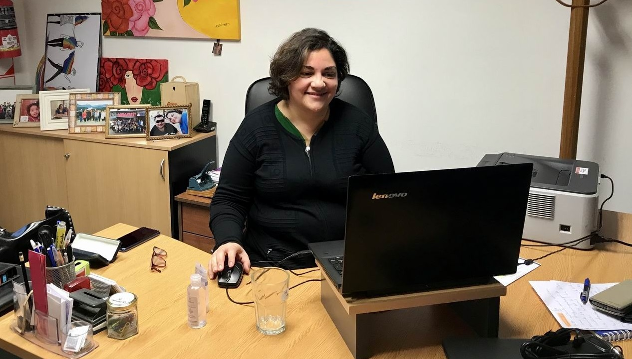 La Secretaría de la Mujer realizó una capacitación virtual en género para personal de farmacias