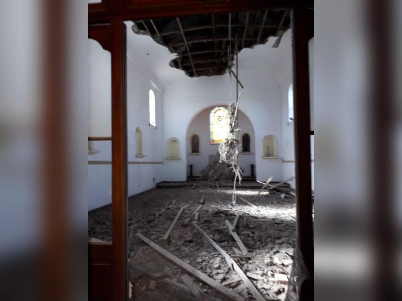 Se derrumbó el cielo raso de la Iglesia Católica de Trenel