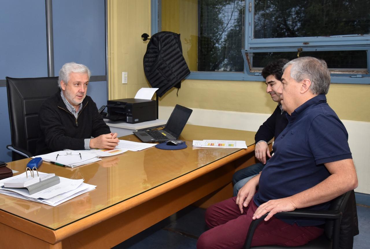 Funcionarios piquenses continuan con las gestiones por obras públicas en la capital provincial