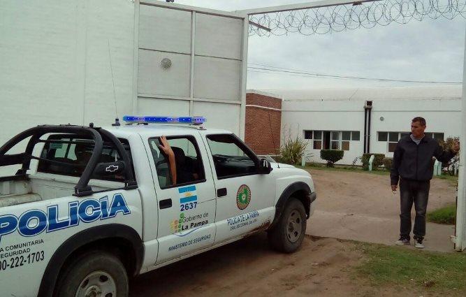"""""""Solamente a 3 personas se les otorgó la prisión domiciliaria por la pandemia"""", afirmaron desde la jefatura de la policía pampeana"""