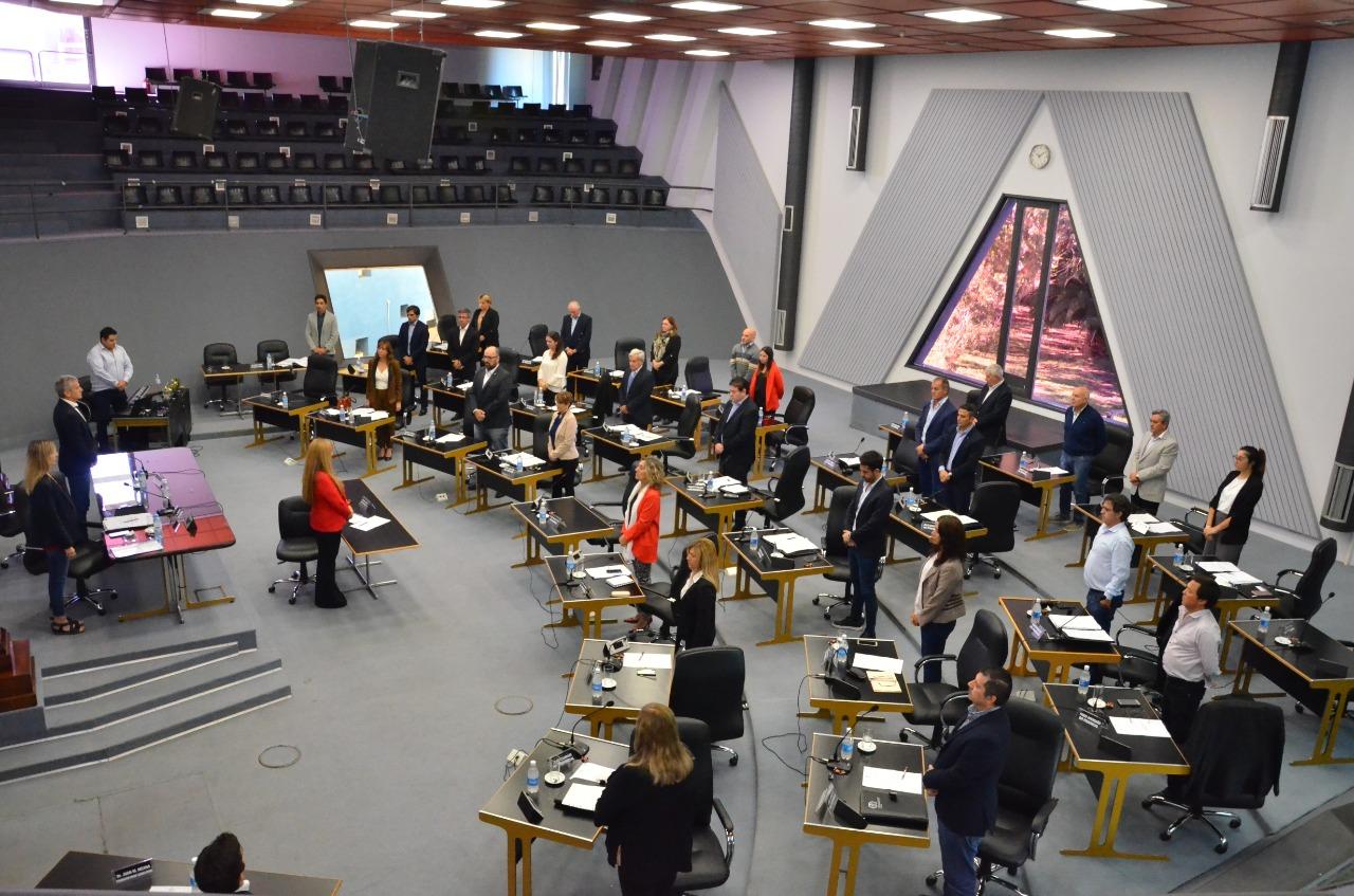 La Cámara de Diputados en La Pampa aprobó por unanimidad el «impuesto extraordinario a los bancos privados»