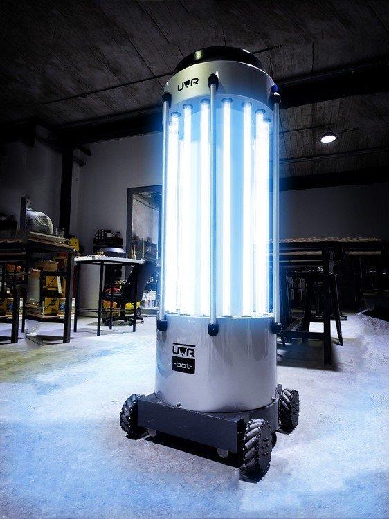 Proyecto: cómo funciona el robot que desinfecta ambientes con luz ultravioleta y fue creado por ingenieros argentinos