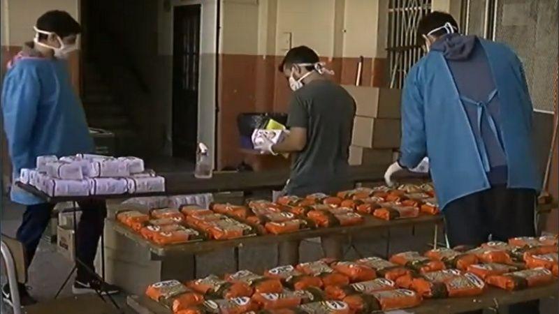 Rosario: Se capacitaron con infectólogos y ahora preparan comida para repartir a personas en situación de calle