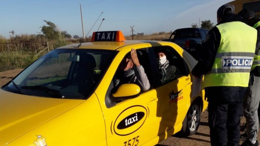 Detienen otro taxi cordobés intentando ingresar a  La Pampa con tres estudiantes