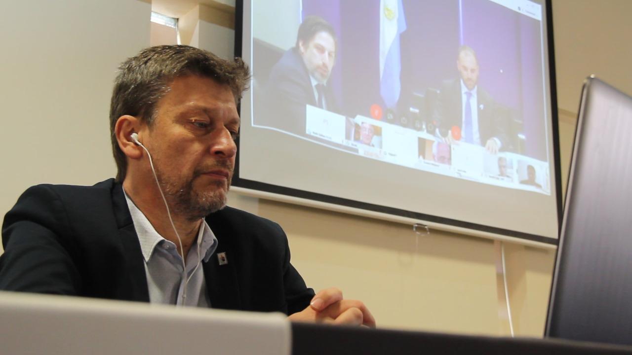 Rectores apoyan  la renegociación de la deuda: El rector de la UNLPam, Oscar Alpa, participó de la reunión con los ministros Guzmán y Trotta