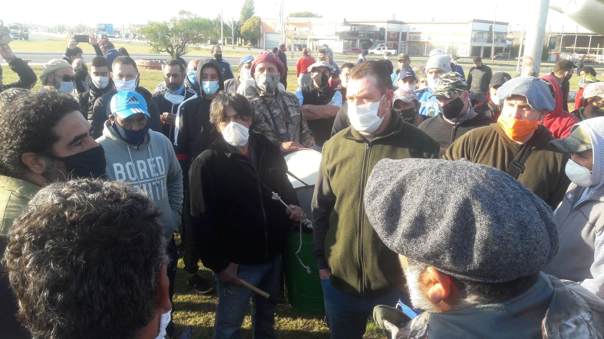 Santa Rosa: cazadores pampeanos se concentraron para pedirle al Gobierno que se habilite la actividad