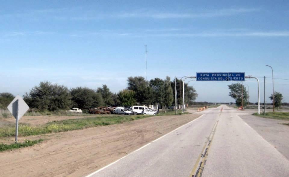 Policía de La Pampa detuvo a tres hombres, secuestró 10 kilos de cocaína y un cargamento millonario en la Ruta 20 cerca de 25 de Mayo