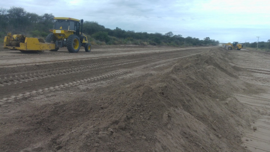 Ejecutan obras de mantenimiento en la Ruta Provincial 12