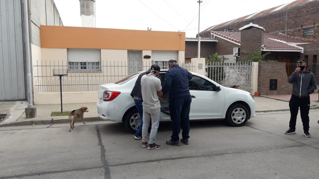 Estafa a vecina piquense por más de 1.400.000 pesos: La brigada de investigaciones detiene y traslada a General Pico a uno de los autores