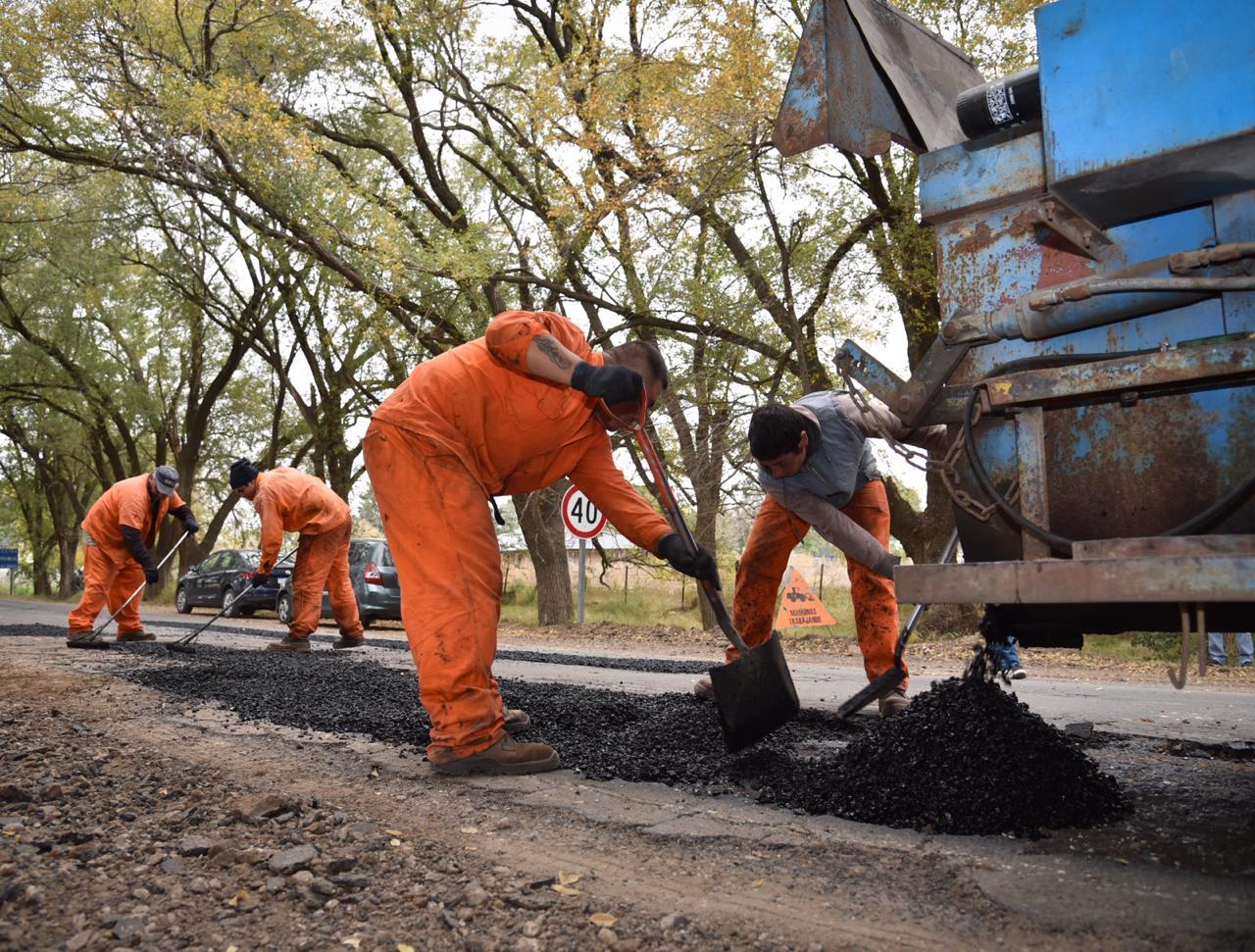 Comenzaron las tareas para reparar el acceso al barrio Sur