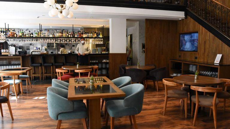 En La Pampa desde el viernes 5 de junio podrán abrir restaurantes, bares y cafeterías