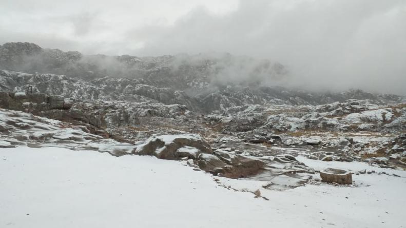 Luego de Mendoza, cayó la primera nevada en Córdoba: Mirá las fotos de cómo amanecieron las Altas Cumbres