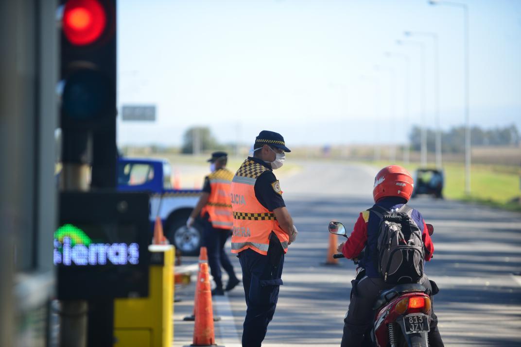 Rutas nacionales: eximen del pago de peaje a médicos, enfermeros y personal de seguridad