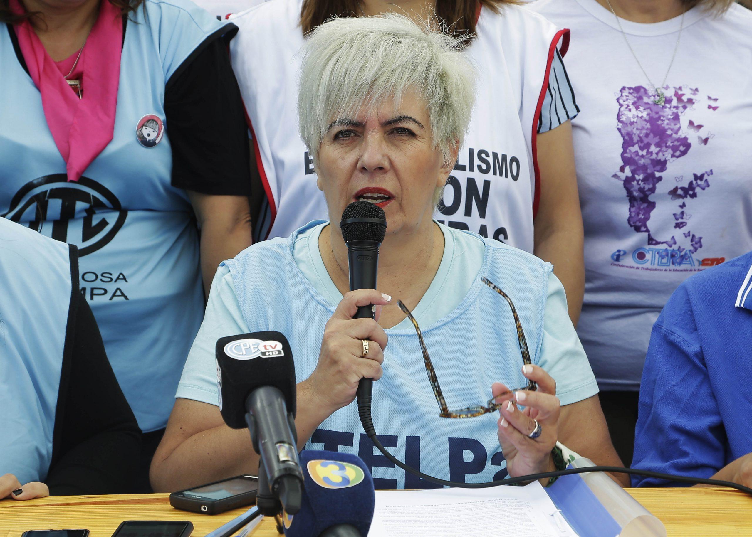 """Paritaria salarial docente: """"no hubo acuerdo porque queríamos que el docente recibiera más plata en el bolsillo en los meses de febrero y marzo"""", dijo Lily López"""