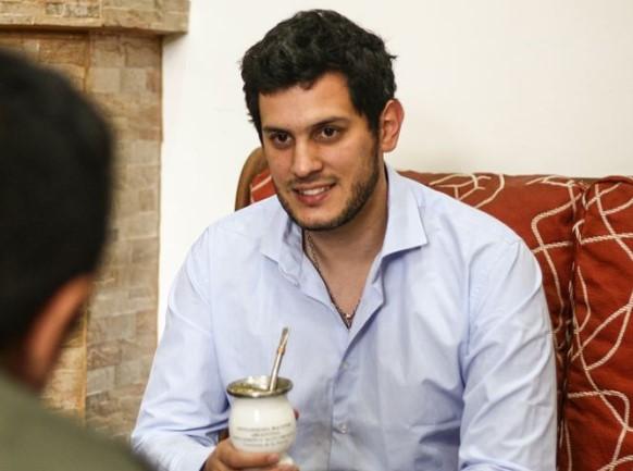 «No estoy de acuerdo con las declaraciones del presidente de mi partido», dijo el joven radical Federico Guidugli