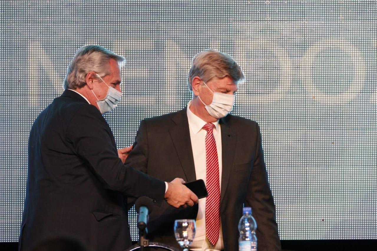 El médico presidencial le recomendó a Alberto Fernández no salir de Olivos ante el aumento de casos de coronavirus en el AMBA