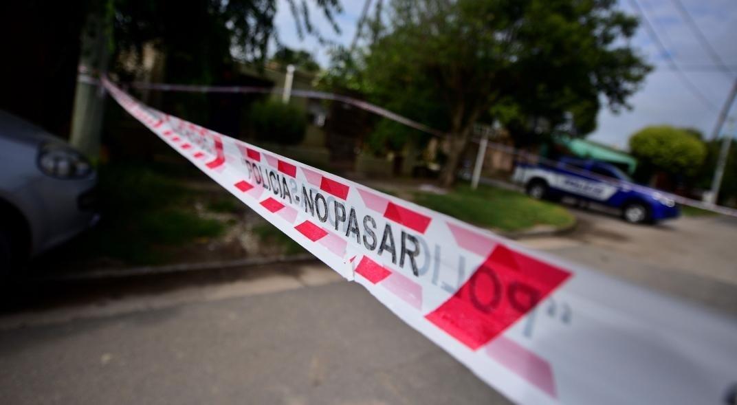 Violento asesinato en Córdoba: Cruzaron en moto a un joven de 28 años y lo mataron a tiros