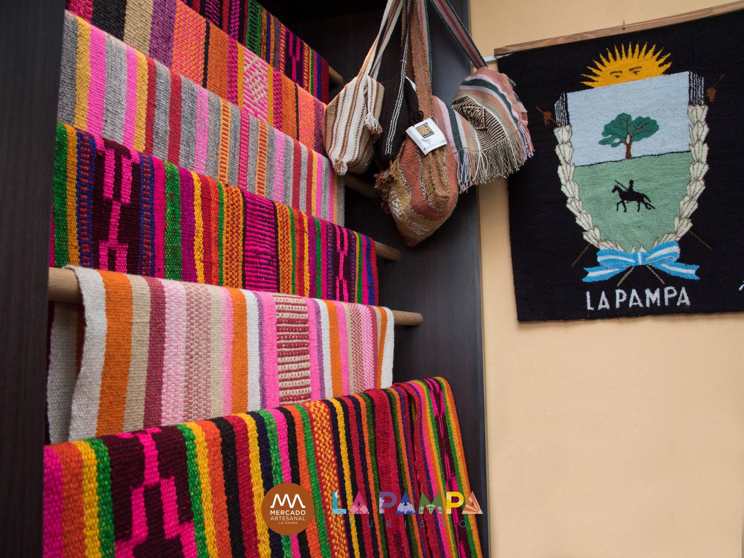 Fundado hace más de 40 años, el Mercado Artesanal es un símbolo que representa las tradiciones más ricas de La Pampa