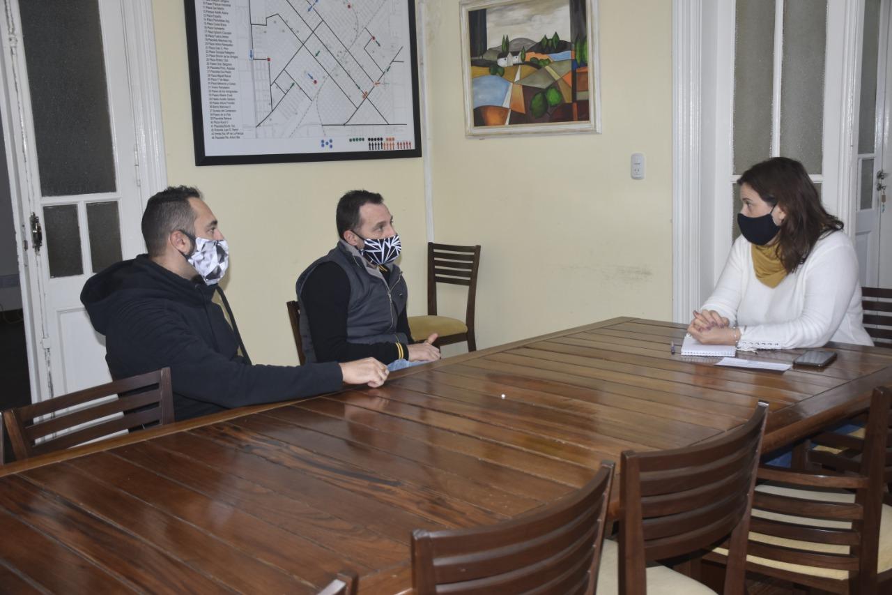 Hoteleros se reunieron con la intendenta buscando la posibilidad de comenzar a funcionar
