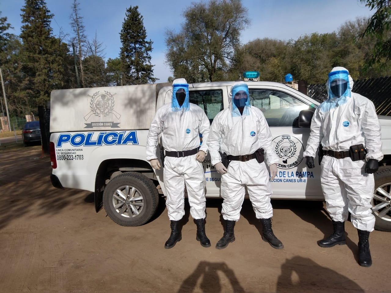 Equipan con trajes de protección micrograd a personal del Comando Radioeléctrico y Sección Canes