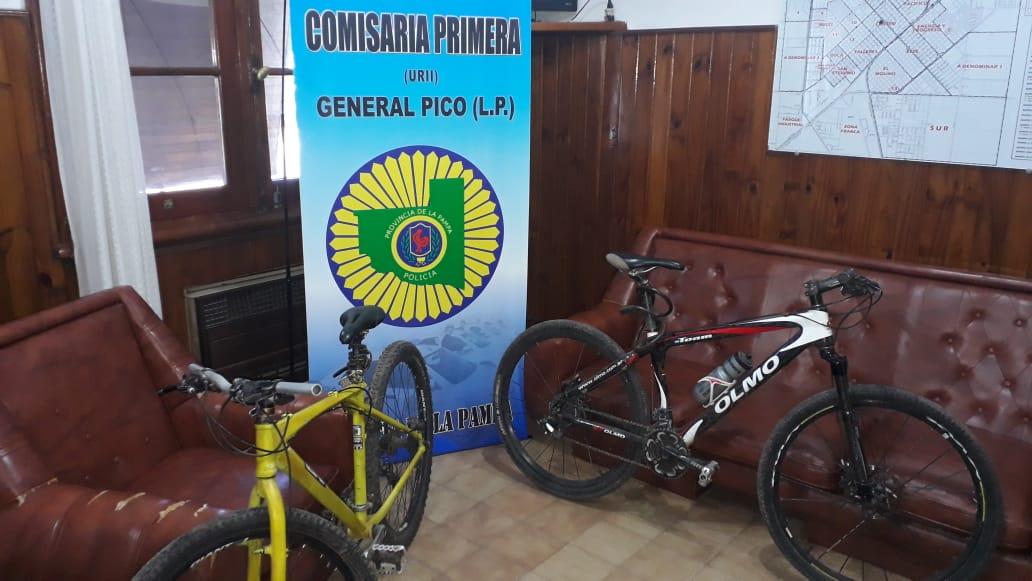 En pocas horas, personal de comisaría Primera recuperó dos bicicletas que habían sido robadas