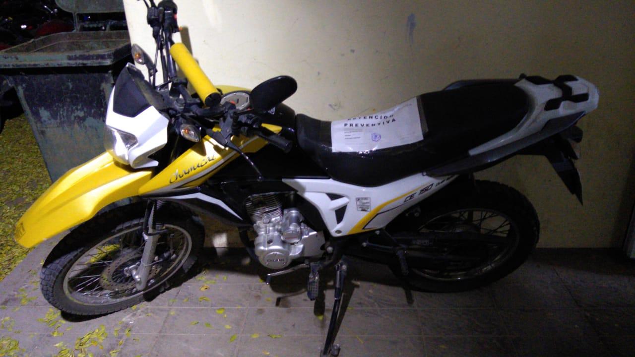 Retienen la moto a un cadete que circula sin documentación y en contramano