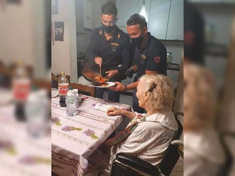 """""""Tengo hambre"""": una jubilada llamó a la policía y los agentes que acudieron le prepararon la cena"""