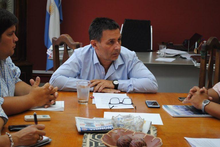 El intendente de General Acha contrajo coronavirus mientras se realiza un tratamiento oncológico en Buenos Aires