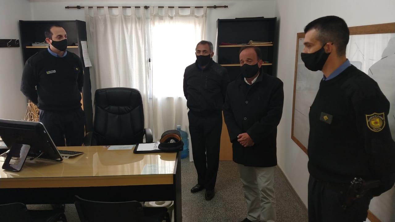 El ministro de Seguridad y el jefe de la Policía de La Pampa se reunieron con el Grupo Especial de la UR-II en General Pico
