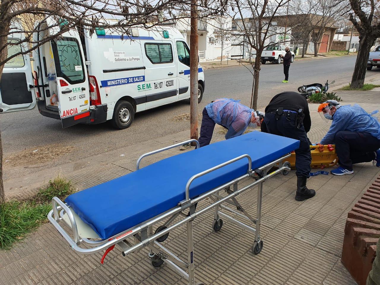 Parte médico del motociclista accidentado en calle 28 y 5: Presenta una fractura expuesta de pelvis