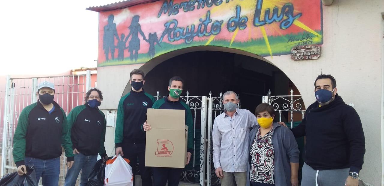 Ferro de General Pico donó una importante cantidad de juguetes a tres merenderos por el Día del Niño